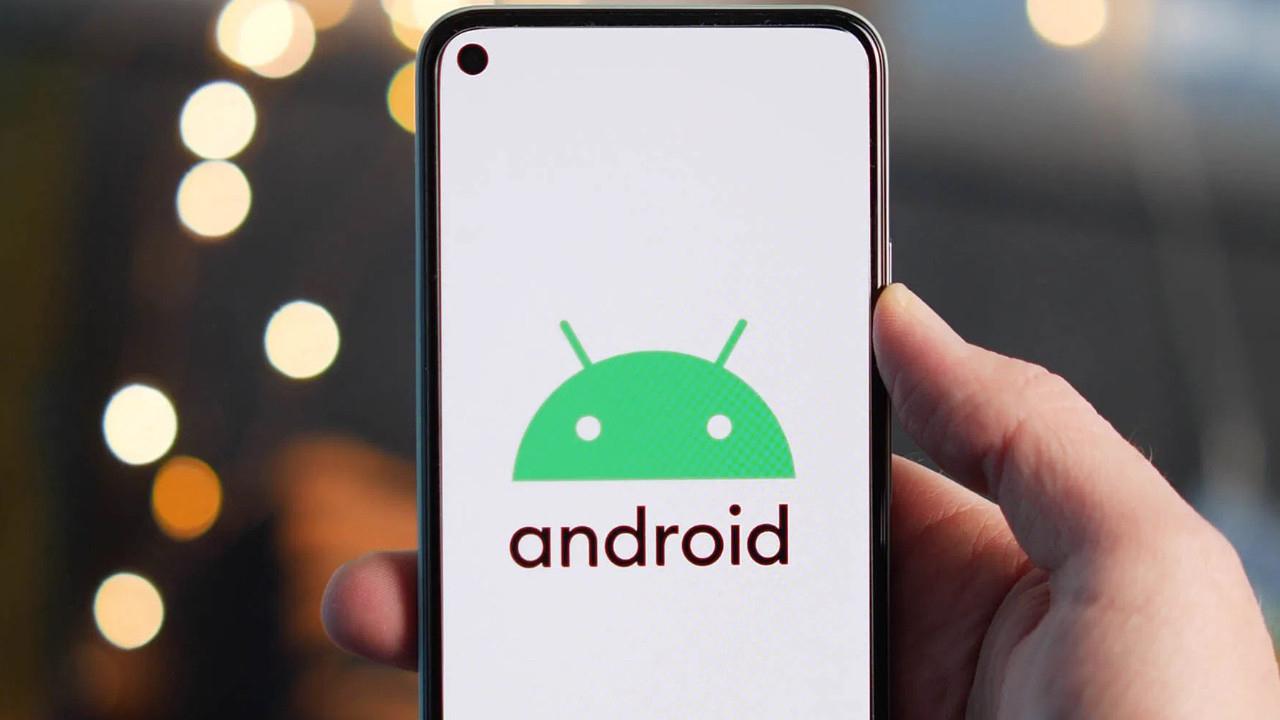Android 12 ile Birlikte Yıllardır Beklenen 'Çift Dokunma' Özelliği Geri Geliyor