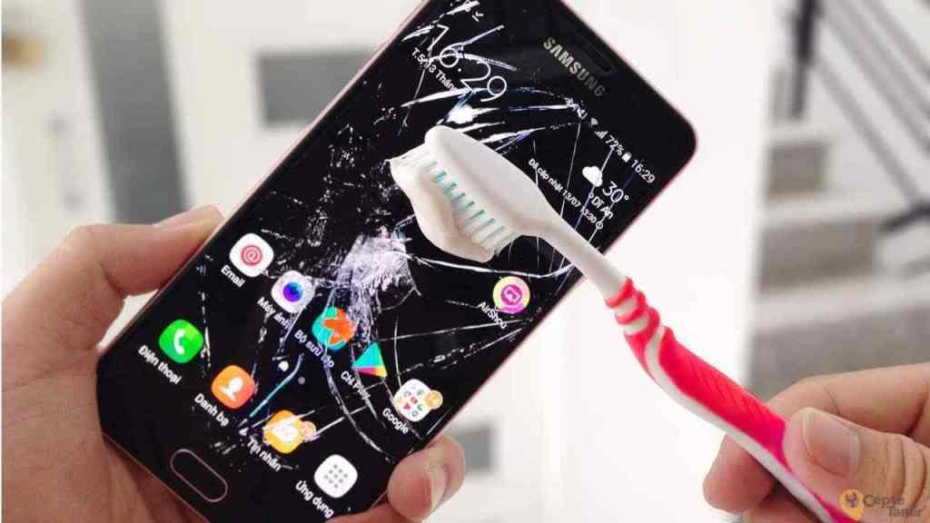 Telefon Ekran Tamiri Hakkında Bilmeniz Gerekenler