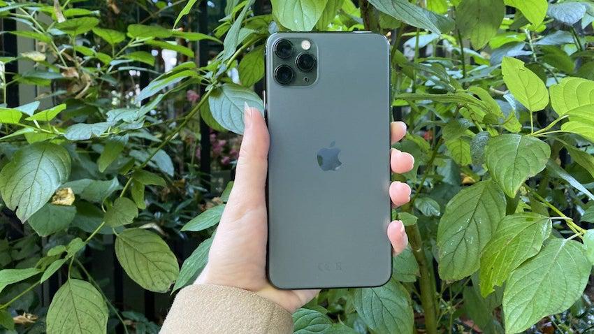 iPhone 11 Pro İki Kat Radyasyon Mu Yayıyor?