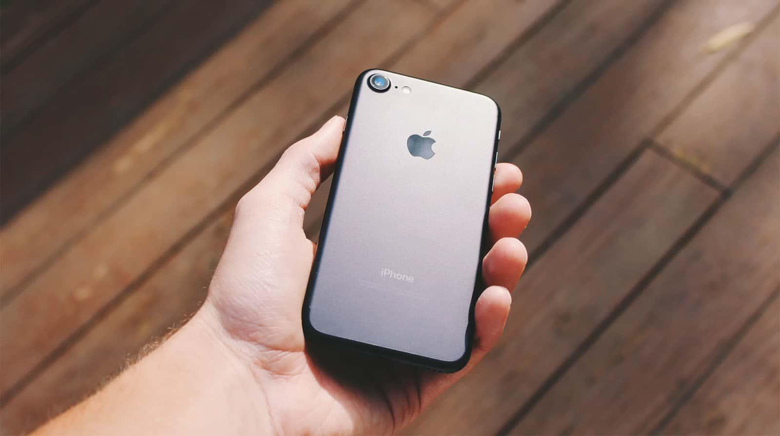 iPhone 9 Fiyatı İle Yüzleri Güldürecek